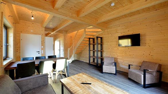 Ferienhaus von Holzbau Hubmann in Rattendorf mit Einrichtung.